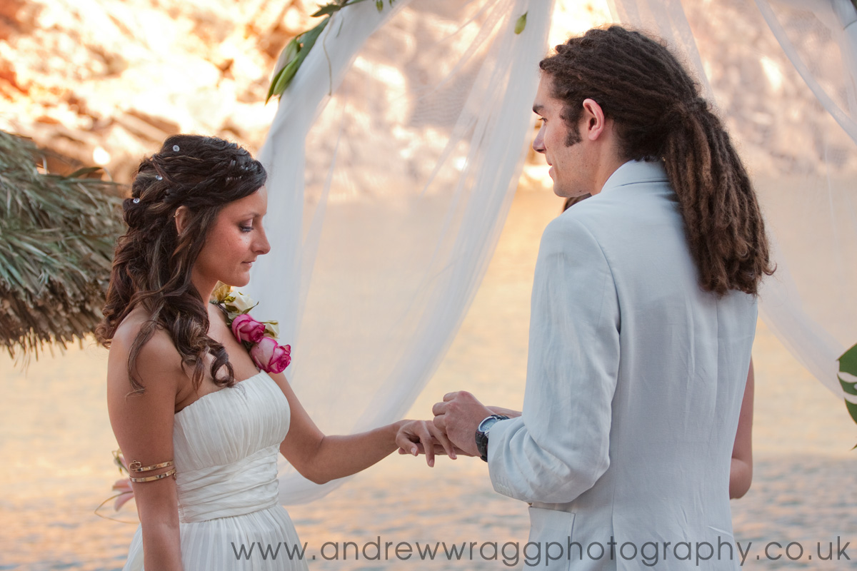 Ibizan wedding - The ring